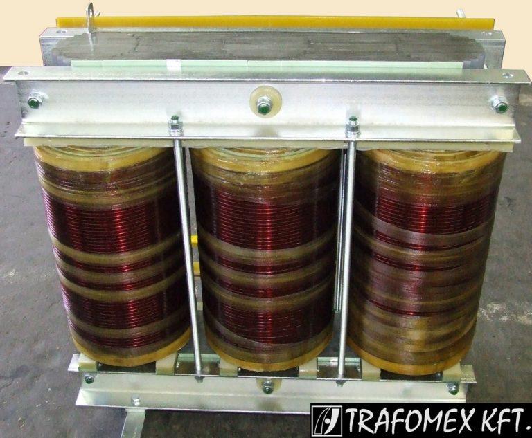 3 fázisú 300 kVA-os transzformátor a TRAFOMEX Kft.-től